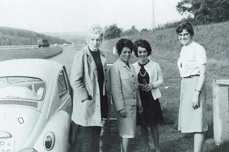 1964: Erste Damenschaft des TTC nimmt Spielbetrieb auf